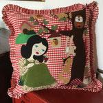 Cuscino racconta favole - Biancaneve - Miaodress Creative Design - Handmade - Italian Style