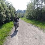 Questo tratto della pista corre vicino alla Drava e lontano dalle strade