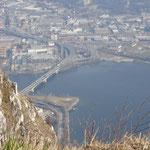 Vista sulla città di Lecco dalla cima del Monte Barro