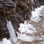 Sul sentiero ghiacciato