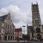 Gent - Il Sint Baafskathedraal e il Lakenhalle