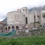 Kruje: Museo Skenderbeg