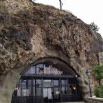 Sziklalapolna: la cappella nella roccia