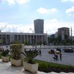 Tirana: Piazza Skenderbeg
