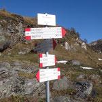 Segnaletica all'Alpe Sangiatto