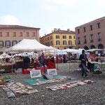 Modena, la piazza del Municipio