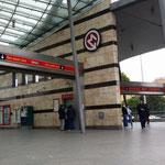Ingresso della moderna linea due della metropolitana