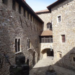 Castello: il cortile interno