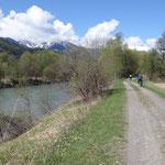 Si pedala a fianco della Drava