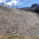La diga del lago di Devero