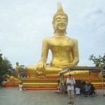 Buddha auf dem Phra Tamnak