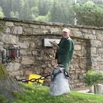 Renovierung der Gedenktafel in St.Peter ( Peter Raninger)