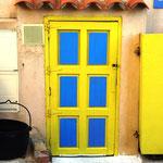 Et celle-ci jaune et bleue du plus bel effet ...