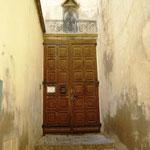 Celle de l'entrée de l'oratoire Saint Antoine