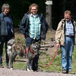 Emiko mit Familie