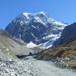 auf dem Rückweg durch das Arolla-Tal - Blick auf den Mont Collon