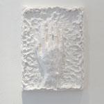 『時代;平成二十八年』 木製パネル、紙粘土、石粉粘土、アクリル絵具2016年