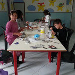 Il doposcuola, oltre che offrire lo svolgimento compiti, è anche luogo in cui si sviluppano progetti educativi e ludici
