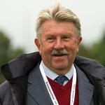 "Ruediger Mai, судья SV, кёрмастер, вл. питомника ""vom Bierstadter Hof"" (Германия)"
