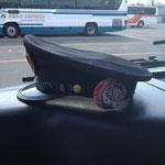 合田たけしさんは、バスの運転手さんツル〜♪帽子と僕のうどんバスバッチが、バッチグー!ツル〜。