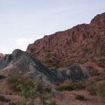 Die wunderbare Bergwelt entschädigt für die schlechten Strassen...