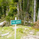 Ja auch hier gibt es Schilder die uns sagen, dass der Weg zu Ende sei... (Bei el amarillo)