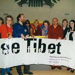 wVertretung der Tibet Initiative Deutschland mit Prof. Samdong Rinpoche und Geshe Thubten Ngawang im Bundestag, Juni 1996