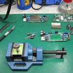 トータルステーション電源基板 修理