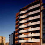1996 28 viviendas en Av. Cataluña. Zaragoza