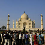 "TAJ MAHAL [AGRA / INDIA]  - ""peak busy hour""!:-)"