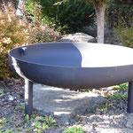 Feuerstelle mit Füssen, Stahl schwarz gespritzt Ø 80/100 cm schwarz 40.080/40.100
