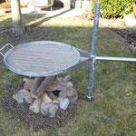 Party-Grill komplett, Ø 80 cm, mit Standrohr, - Bodenhülse und Grillrost Inox höhenverstellbar 20.180