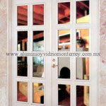puerta doble cuadriculada Serie 50 Residencial