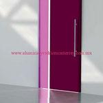 puerta deslizante pintura violeta