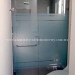 puerta batiente y fijo lateral modelo Lumak