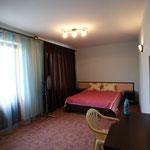 В это комнате можно разместить дополнительное спальное место или детскую кроватку !
