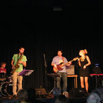 JAZZCOCKTAIL, Baden mit Alienne Fromvenus/voc. Peter Natterer/sax, Otto Scheidl/bass, Peter Barborik/drums, Georg Henke/keys