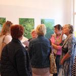 Kunstgespräch in der Wohnzimmer-Ausstellung