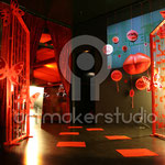 RED PARTY escenografía y elementos de decoración