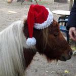 Nils möchte auch mal der Weihnachtsmann sein!
