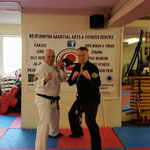 Stuart Hicken en Frank Lader in Bridlington Martial Arts & Fitness Centre 13 februari 2016 (UK)