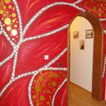Wandmalerei mit Mosaik