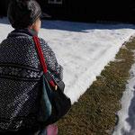 All-In-One-Taschen-Rucksack als Tasche an der Schulter hängend