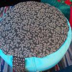 hohes Sitz- & Meditionspolster, gefüllt mit Bio-Dinkelspelzen, Bezug abnehmbar