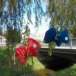 Tierchenpolster rot blau