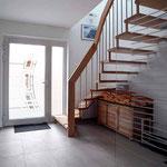 der Eingangsbereich mit Treppe