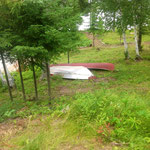 canoe et petit bateau