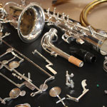 Pour un retamponnage, l'instrument est démonté et mis à nu intégralement !
