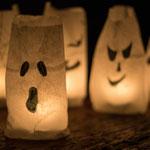Grusellichter aus Butterbrottüten - selbst gemachte Deko für Kinderparty und Kindergeburtstag