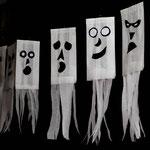 Gespenstergirlande aus Butterbrottüten - selbst gemachte Deko für Kinderparty und Kindergeburtstag
